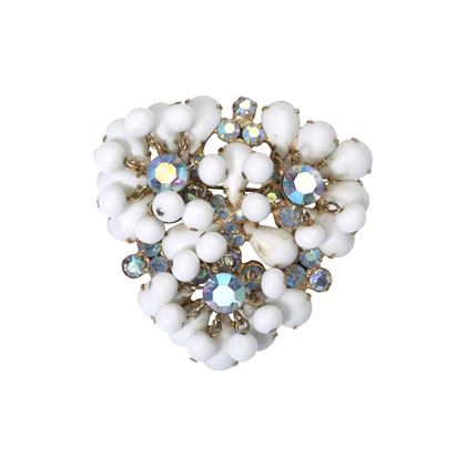 Vintage 1950s Milk Glass White Brooch