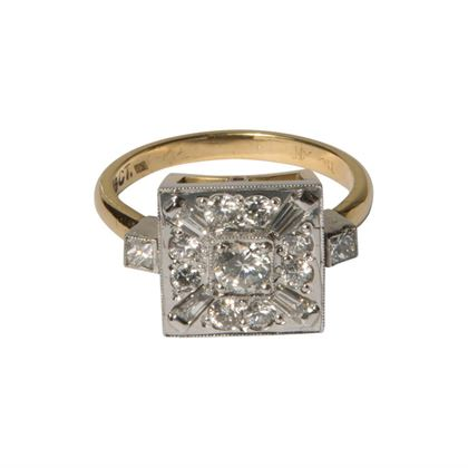 Vintage square shaped diamond set ring