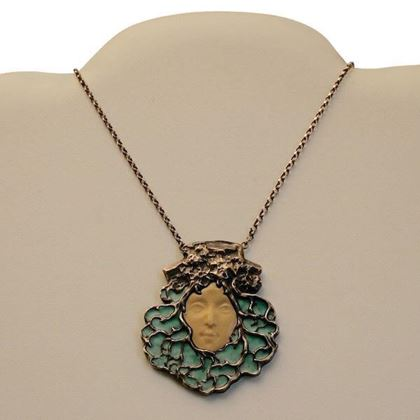 Edwardian Art Nouveau Style Face Silver Vintage Necklace