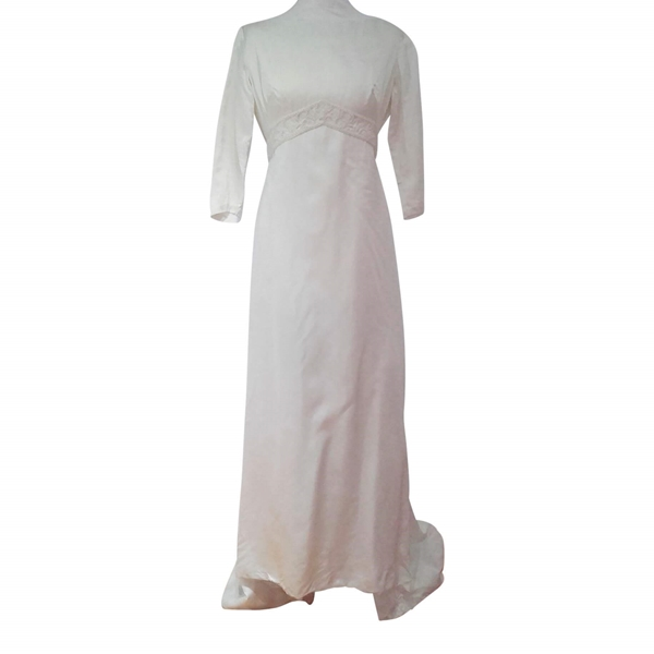 Vintage Wedding Dresses Under 1000: 1960's Satin Wedding Gown With Empire Line And Train
