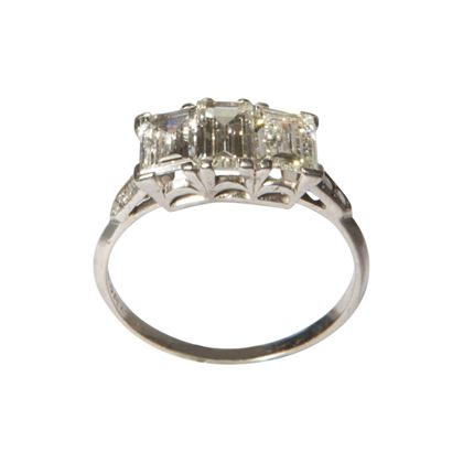 Vintage three stone diamond and platinum ring