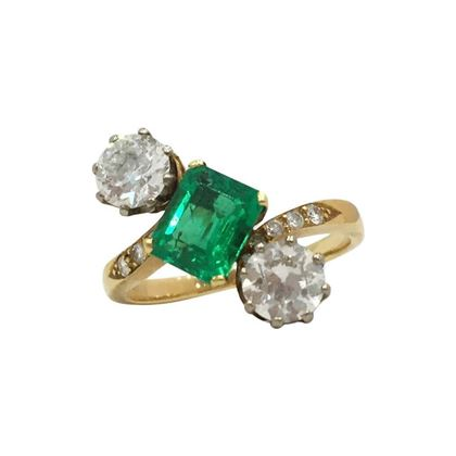 Antique Victorian emerald and diamond diagonal ring