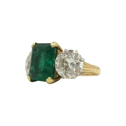 Antique Emerald & Diamond Art Deco Ring