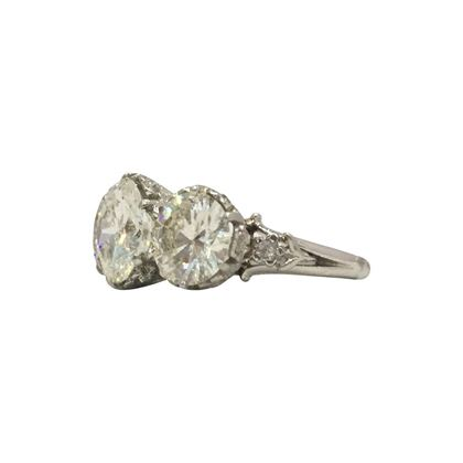 Vintage Art Deco Three Stone Diamond floral setting Ring