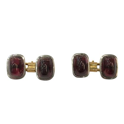 Vintage Art Deco Platinum, Yellow Gold and Garnet Cufflinks