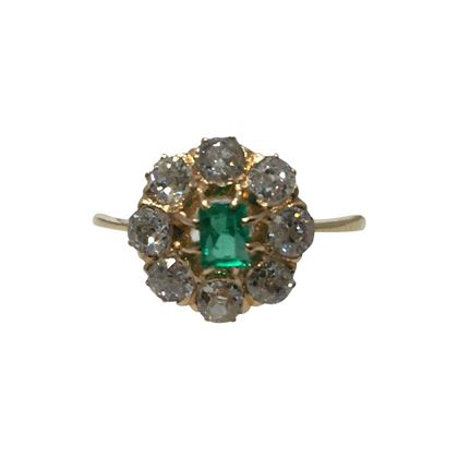 Antique Late Victorian Emerald and Diamond Ring