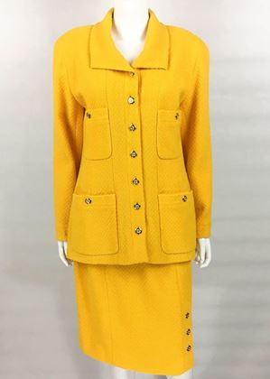 Chanel 1980s Bouclé Wool yellow Vintage Skirt Suit