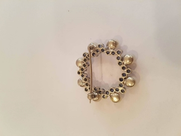 Vintage 18kt White gold & Pearl Pin brooch