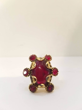 Hollycraft 1980s Red Stone Vintage Ring