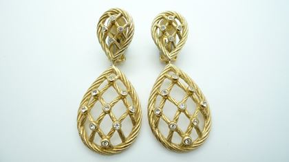 Picture of Grosse gold & diamante cage style vintage Clip On Earrings