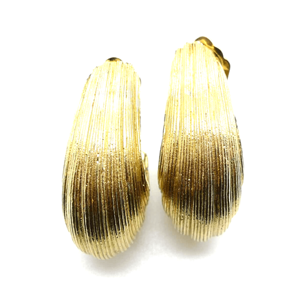 Christian Dior Statement Clip On Gold Tone vintage Earrings