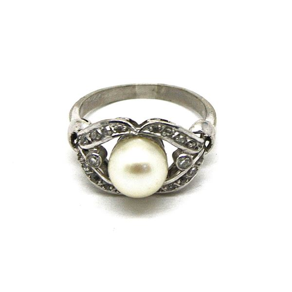 Antique French cultured pearl and diamond platinum ladies ring