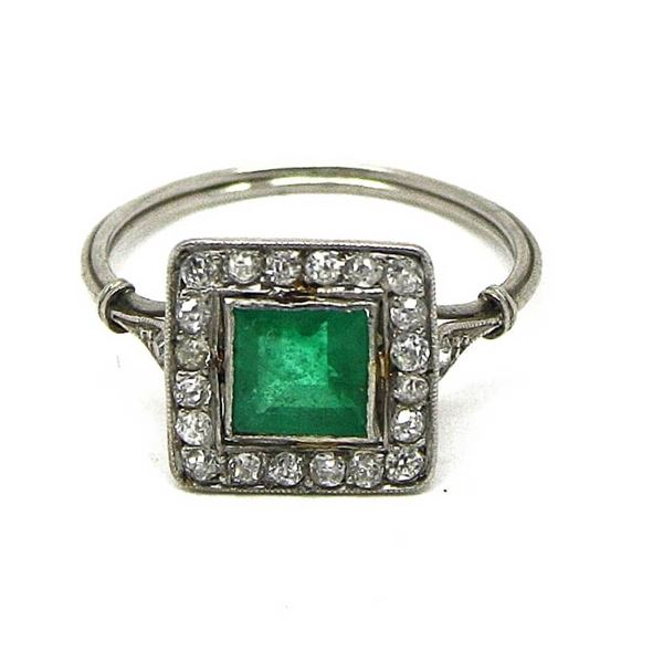 French Emerald & diamond platinum antique ladies ring