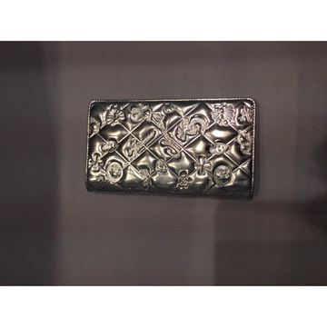 Chanel patent leather silver vintage wallet