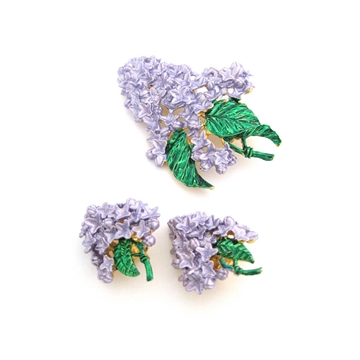 Vintage 1950s Love Flower Lilac Purple Clip Earrings and Brooch Set
