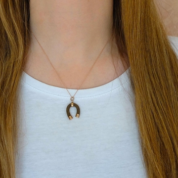 antique-victorian-woven-hair-good-luck-horseshoe-9ct-rose-gold-pendant