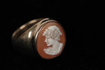 Natural Carved Shell Cameo Ring In Gilded Sterling Silver Vintage Cameo Ring