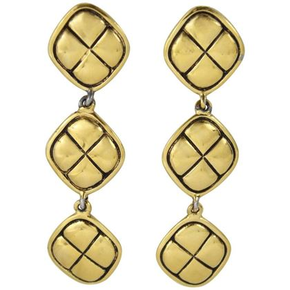vintage-chanel-gold-plated-earrings