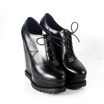 Alaia 2016 Lace Up Wedge Oxford Black Vintage Ankle Boots