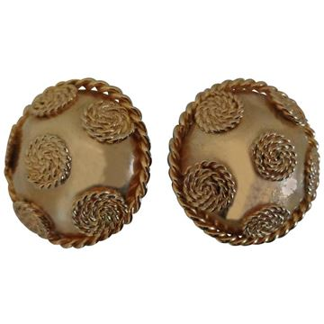 Vintage Gold Tone Circle Clip on Earrings