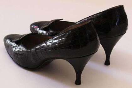 Vintage 1950s Crocodile Leather Black Mid Heel Shoes