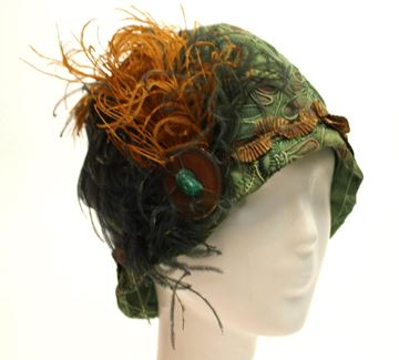 Vintage 1920s Soutache and Blanket Stitch Embellished Green Felt Cloche Hat