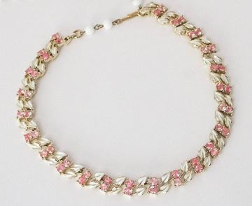 Coro 1950s Enamelled Leaf Link White and Pink Vintage Necklace