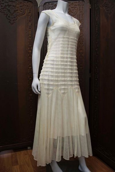 1930s Cream Lace Wedding Dress
