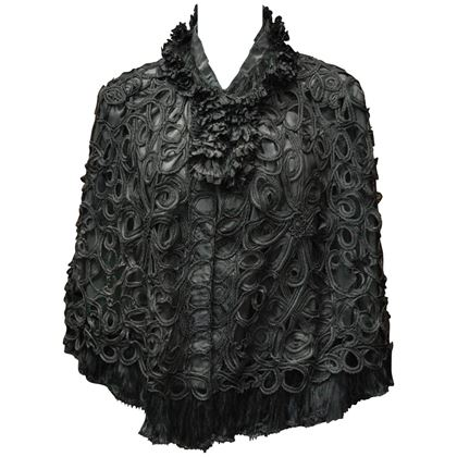1890s-black-battenburg-lace-cape