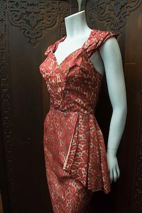 1950s-red-lace-cocktail-dress-2