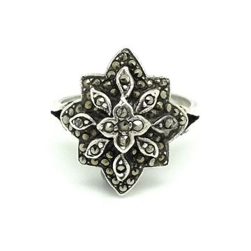 vintage-art-deco-1930s-marcasite-flower-star-silver-ring