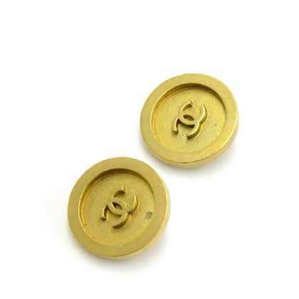 Chanel 1994 Button Style CC Logo Gold Tone Earrings