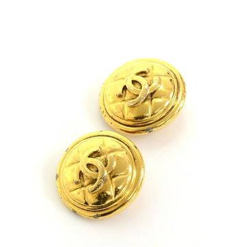Chanel Gold Tone CC Logo Round Vintaqge Clip On Earrings