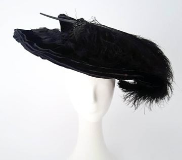 1910s-black-velvet-edwardian-hat-with-ostrich-plume