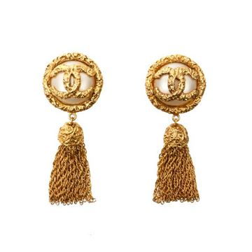 chanel-cc-mark-fringe-earrings
