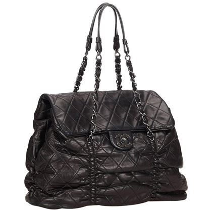 chanel-black-quilted-lambskin-leather-matelasse-tote-bag