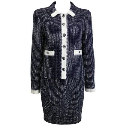 chanel-white-and-navy-tweed-jacket-and-skirt-ensemble
