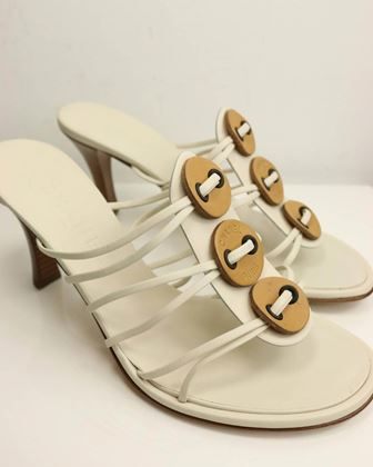 chanel-sand-beige-leather-sandals