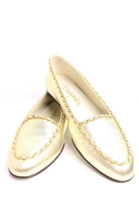 chanel-classic-gold-leather-flats