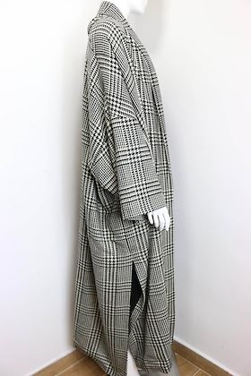 vintage-90s-iknos-black-and-white-houndstooth-oversized-long-wool-coat