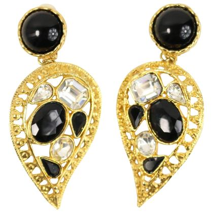 80s Black/Diamond Rhinestones in Gold Toned Drop Heart Shaped Clip-On Earrings
