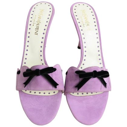 yves-saint-laurent-lavender-suede-bow-embellished-sandals