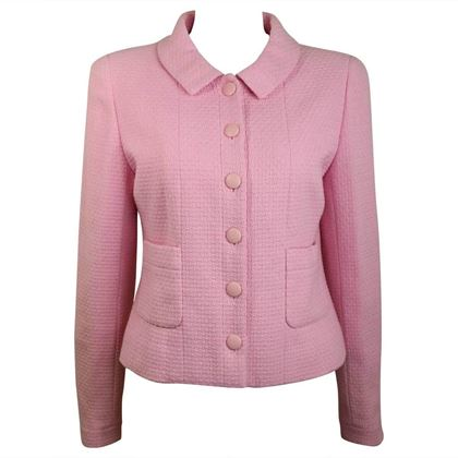 chanel-classic-pink-tweed-boucle-cropped-jacket