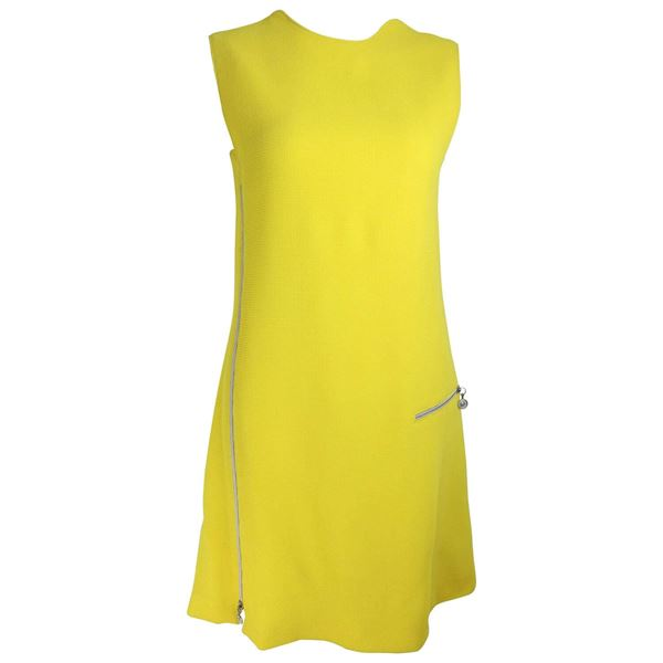 gianni-versace-couture-yellow-dress-with-medusa-zippers