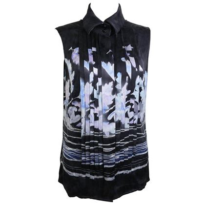 chanel-black-silk-leaves-sleeveless-shirt