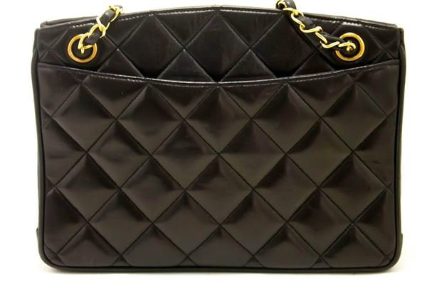 Chanel 1990s Quilted Lambskin Leather Black Shoulder Bag