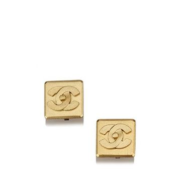 chanel-gold-tone-cc-clip-on-earrings-9