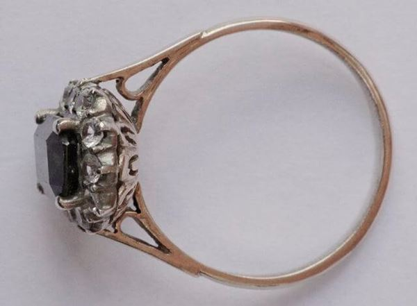 Vintage 1930s 18ct Gold Green Zircon & White Sapphire Ring