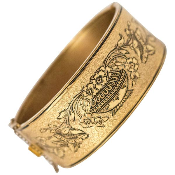 1890s-victorian-gold-tone-bracelet-with-floral-design