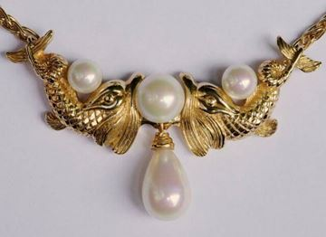 Christian Dior 1980s Gold Plated Fantasy Fish Faux Pearl Necklace